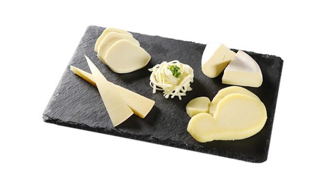 北海道ワイン 鶴沼ミュスカ/ラクレット・カチョカバロ・ナチュラルチーズ大地のほっぺミニ・モッツァレラチーズさけるタイププレーン・モッツァレラチーズ真空タイプ